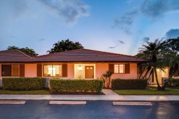 Home for Rent at 207 Club Drive, Palm Beach Gardens FL 33418