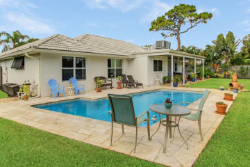 Home for Sale at 354 Country Club Drive, Tequesta FL 33469