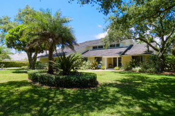 Home for Sale at 18600 SE River Ridge Road, Jupiter FL 33469