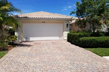 Home for Sale at 8892 SE Retreat Drive, Hobe Sound FL 33455