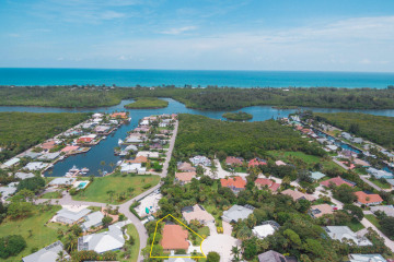 Home for Rent at 9113 SE Mystic Cove Terrace, Hobe Sound FL 33455