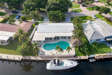 Home for Sale at 2650 NE 49th Street, Lighthouse Point FL 33064