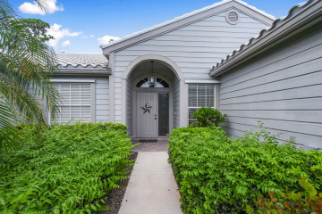 Home for Sale at 8914 SE Riverfront Terrace, Tequesta FL 33469