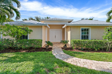 Home for Sale at 8792 SE Duncan Street, Hobe Sound FL 33455
