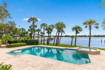 Home for Sale at 675 SE Saint Lucie Boulevard, Stuart FL 34996