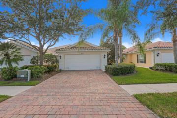 Home for Sale at 8573 SE Retreat Drive, Hobe Sound FL 33455