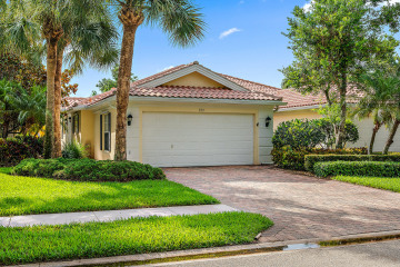 Home for Rent at 661 Hudson Bay Drive, Palm Beach Gardens FL 33410
