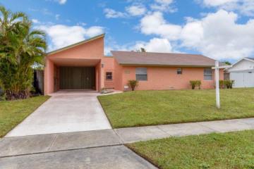 Home for Sale at 10389 Carmen Lane, Royal Palm Beach FL 33411