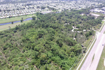 Home for Sale at 8301 SE Federal Highway, Hobe Sound FL 33455