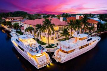 Home for Sale at 1003 Rhodes Villa Avenue, Delray Beach FL 33483