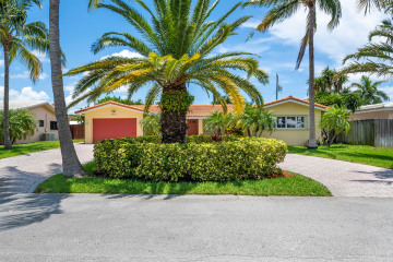 Home for Sale at 2251 NE 37 Court, Lighthouse Point FL 33064