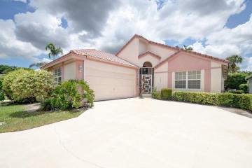Home for Sale at 7561 Ironbridge Circle, Delray Beach FL 33446