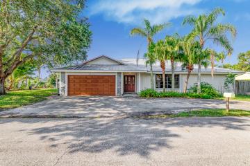 Home for Sale at Tequesta Single Family, Tequesta FL 33469