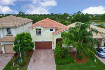 Home for Sale at 5040 SE Graham Drive, Stuart FL 34997