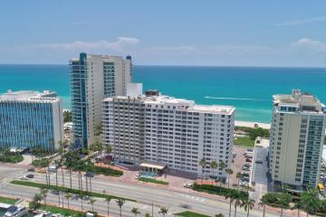 Home for Sale at 5005 Collins Avenue #PH-8, Miami Beach FL 33140