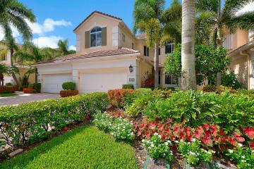 Home for Sale at 107 Palm Bay Drive, Palm Beach Gardens FL 33418