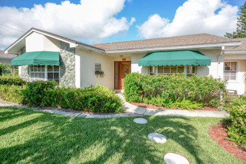 Home for Sale at 511 Sunset Way, Juno Beach FL 33408