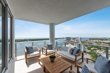 Home for Sale at 2 Water Club Way #2202S, North Palm Beach FL 33408
