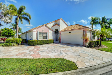 Home for Sale at 7591 Stirling Bridge Boulevard N, Delray Beach FL 33446