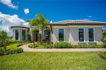 Home for Sale at 6657 SW Silver Wolf Drive, Palm City FL 34990