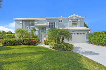Home for Sale at 9213 SE Deerberry Place, Tequesta FL 33469