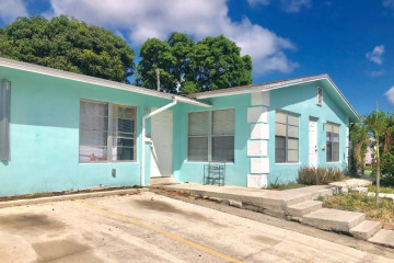 Home for Sale at 4510 Parker Avenue, West Palm Beach FL 33405