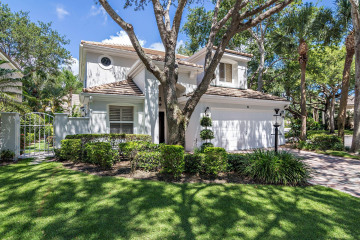 Home for Sale at 31 Grand Bay Circle, Juno Beach FL 33408