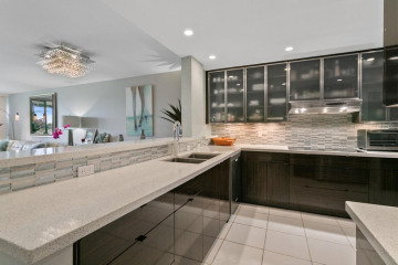 Home for Sale at 356 Golfview Road #109, North Palm Beach FL 33408
