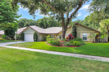 Home for Sale at 2551 Pepperwood Circle N, North Palm Beach FL 33410