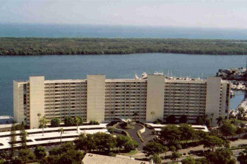 Home for Rent at 120 Lakeshore Drive #8360, North Palm Beach FL 33408