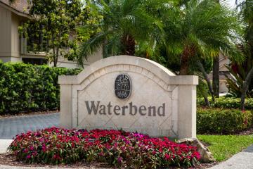 Home for Sale at 17109 Waterbend Drive #222, Jupiter FL 33477
