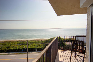 Home for Rent at 1055 Ocean Drive #501, Juno Beach FL 33408