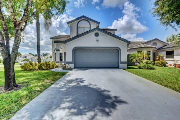 Home for Sale at 2954 Torrey Pine Lane, Lake Worth FL 33462