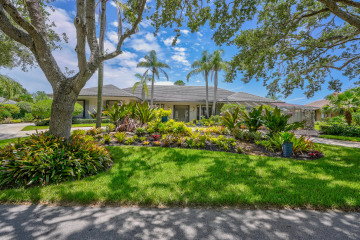Home for Sale at 18468 SE Heritage Drive, Tequesta FL 33469