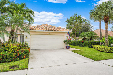 Home for Sale at 7658 Pine Island Way, West Palm Beach FL 33411