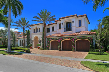 Home for Sale at 215 Via Palacio, Palm Beach Gardens FL 33418