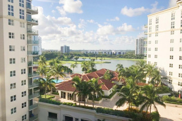 Home for Rent at 19900 E Country Club Drive #1020, Aventura FL 33180