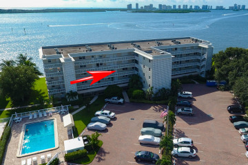 Home for Sale at 60 Yacht Club Drive #305, North Palm Beach FL 33408