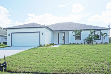 Home for Sale at 247 SW South Quick Circle, Port Saint Lucie FL 34953