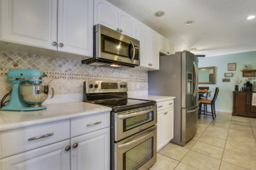 Home for Sale at 9072 SE Sandridge Avenue, Hobe Sound FL 33455