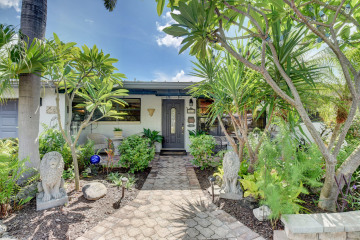 Home for Sale at 3246 NE 27th Terrace, Lighthouse Point FL 33064