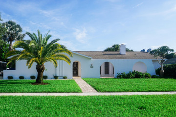 Home for Rent at 2327 Windsor Road, Palm Beach Gardens FL 33410