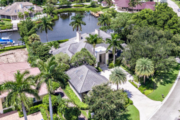 Home for Sale at 2940 Le Bateau Drive, Palm Beach Gardens FL 33410
