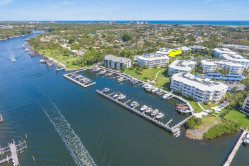 Home for Sale at 324 Bay Colony Drive N, Juno Beach FL 33408