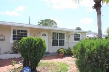 Home for Sale at 916 Caroline Avenue, West Palm Beach FL 33413