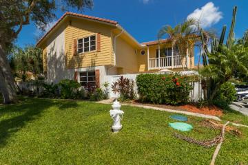Home for Rent at 293 Seabreeze Circle, Jupiter FL 33477