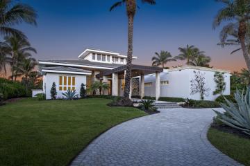 Home for Sale at 7023 SE Harbor Circle, Stuart FL 34996