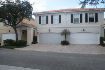 Home for Sale at 57 Laurel Oaks Circle, Tequesta FL 33469