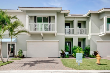 Home for Sale at 1938 Juno Landing Lane, North Palm Beach FL 33408