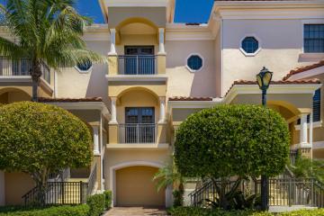 Home for Sale at 404 Del Sol Circle, Tequesta FL 33469